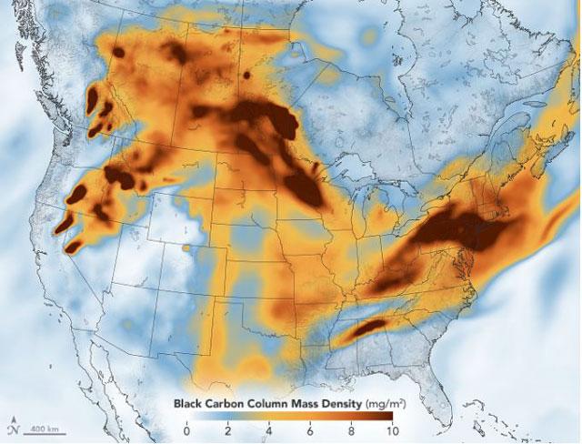 北米を横切って漂う大規模山林火災の煙(NASA資料より)